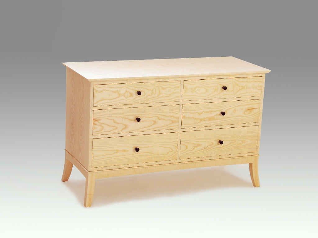 The curly ash dresser